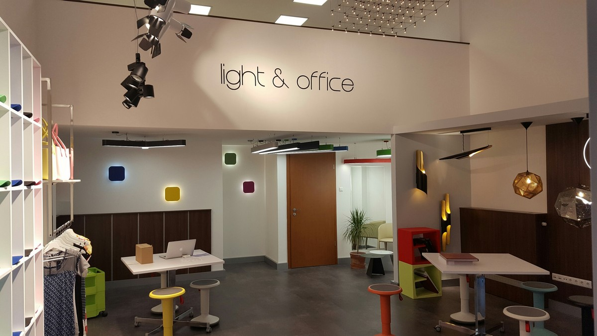 Pontlight Showroom